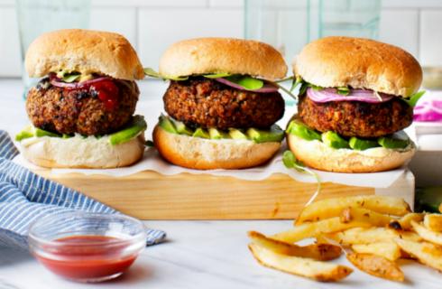 Smullers gaat hamburgers van De Vegetarische Slager verkopen