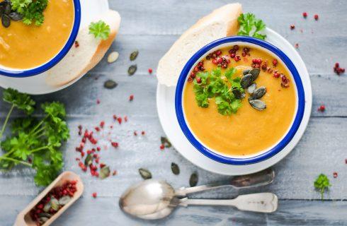 Begin de herfst goed met curry kokos pompoensoep