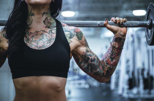 Schouder workouts voor een betere houding en slanker lichaam